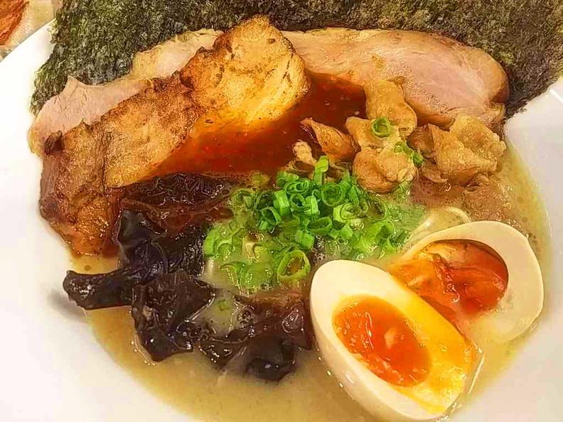 Ramen Hitoyoshi Garlic Ramen dish
