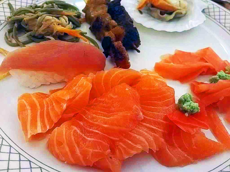 Asian Market Cafe Fairmont Sashimi Salmon mix
