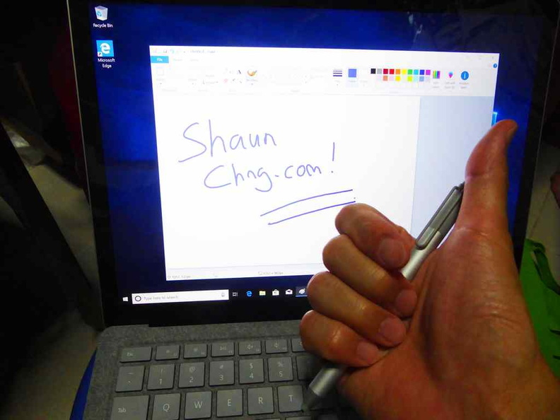 With 2048 levels of sensitivity, the Surface pen is excellent for notetaking and even drawing and painting