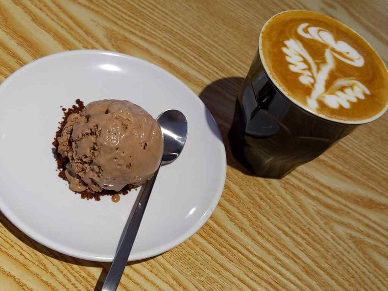 Premium Ice cream and coffee, as part of their lunchtime set menus.