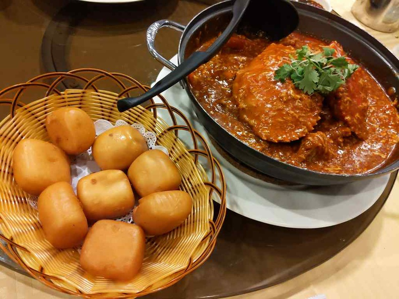 Roland Chilli crab is best paired and enjoyed with fried Mantou fritter bread buns