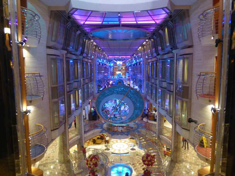 The long central atrium of the ship where shops, eateries and performances are held. It runs the entire length of the Royal Caribbean Mariner of the Seas