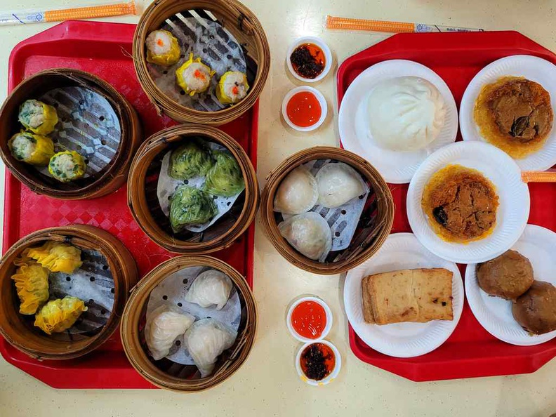 The 1.30 dim sum spread for a late night supper