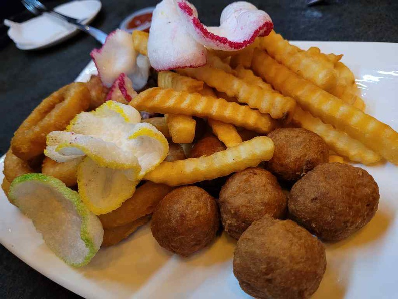 TG Bistro Sharing platter ($35). It is a potpourri of fried goodness
