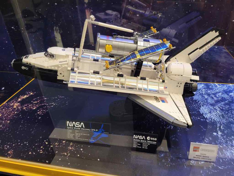 Creator NASA Space shuttle set