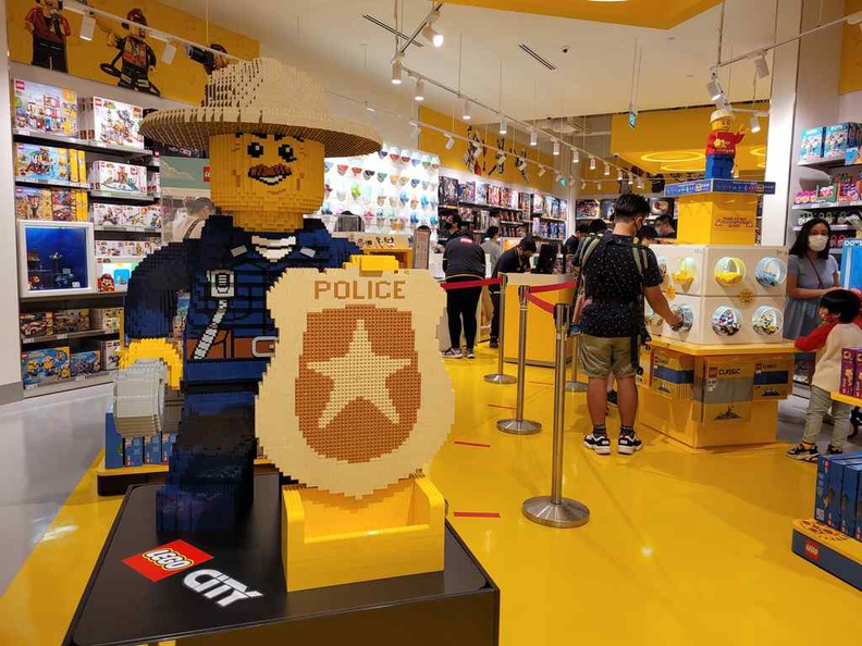 Welcome to the Lego Store Suntec store!