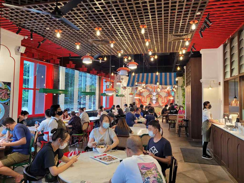 Hainan story stores are decked with a classic yet traditionally contemporary theme