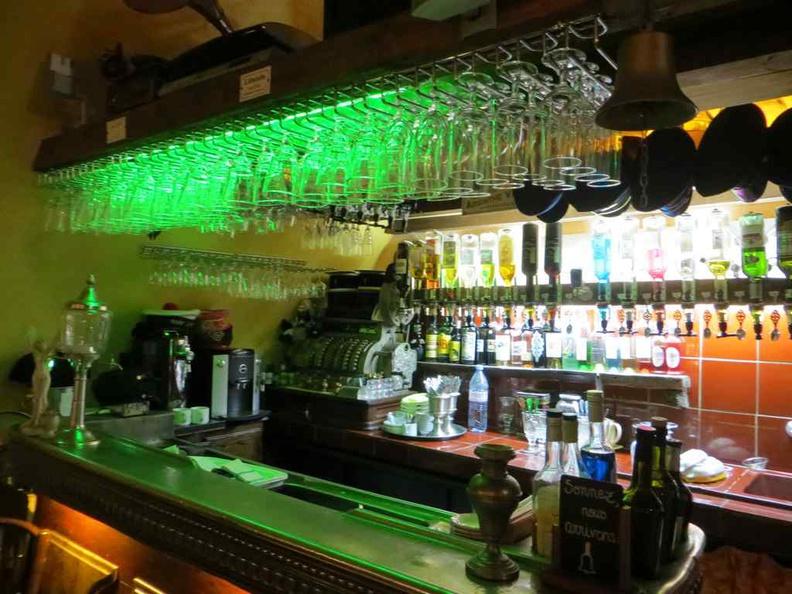 Funky green bar theming