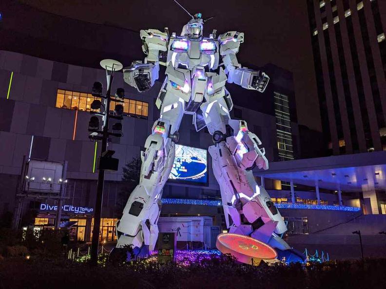 Unicorn Gundam at Tokyo Teleport Gundam