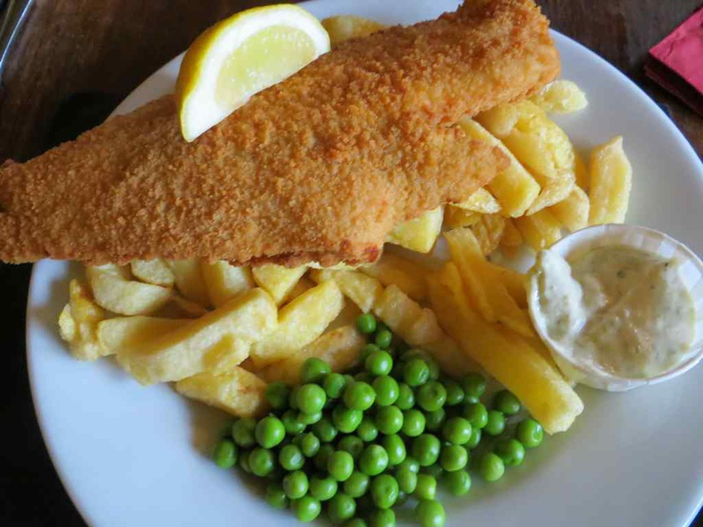 Great fish and chips! A must try here in the towns of Scotland