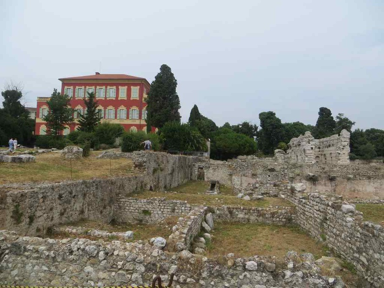 The ruins by the Museum Archeolgoie de nice within the Matisse museum compound