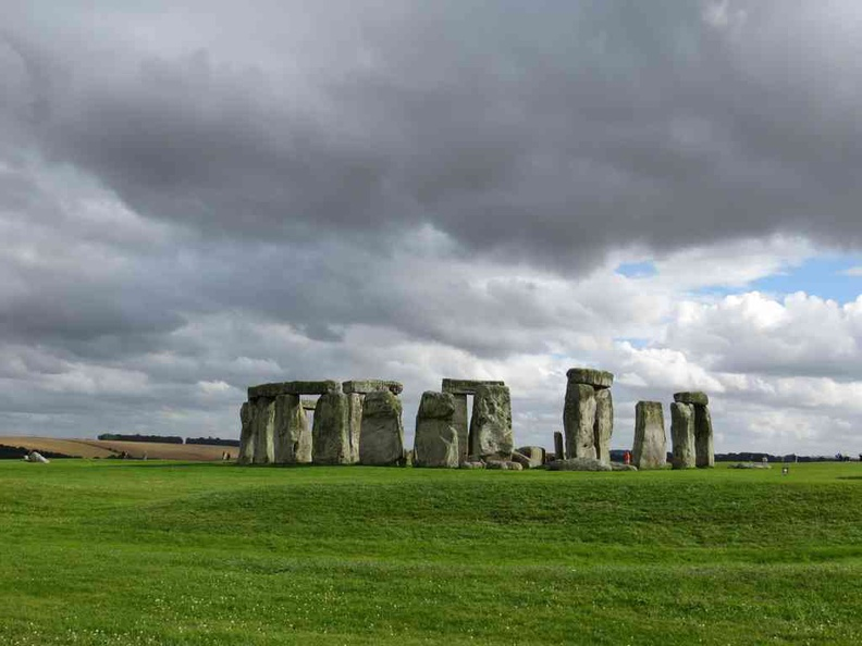 A clean view of the stones