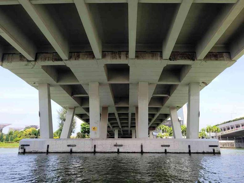Duck Tours sailing under Under Sheares bridge
