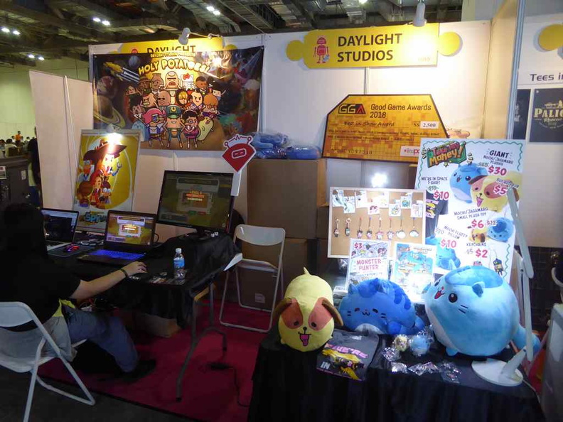 Indee game booths in the GXXP sector