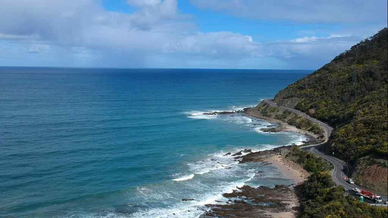 Beautiful ocean views when driving along the Great Ocean road