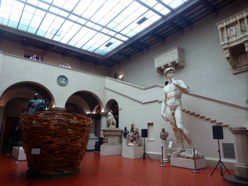 Sculptures in the Pushkin grand gallery with a replicas of Michelangelo's David