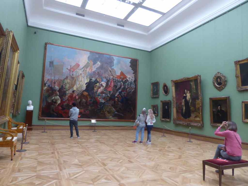 Vast galleries with huge paintings to boot for all your viewing pleasure