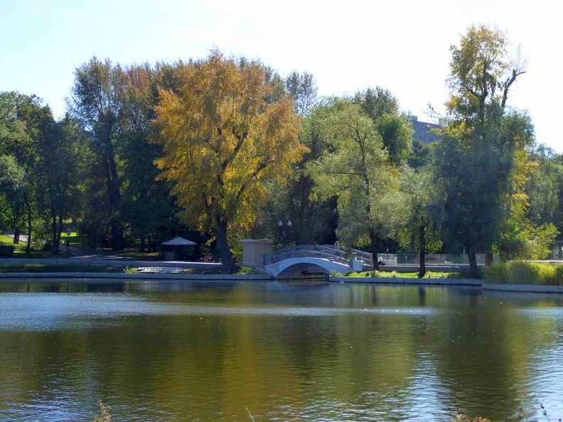 Bridges over a tranquil lake. The park is largely peaceful and quiet, a good escape from the buzzing Moscow city