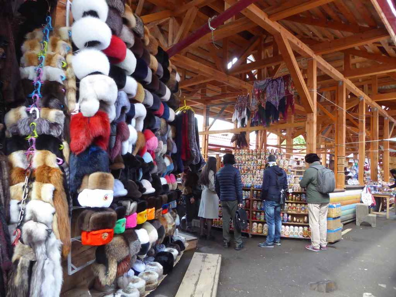 There is a sizable selection of good such as fake fur, hats and clothing. They have really good starting prices which you can further haggle down