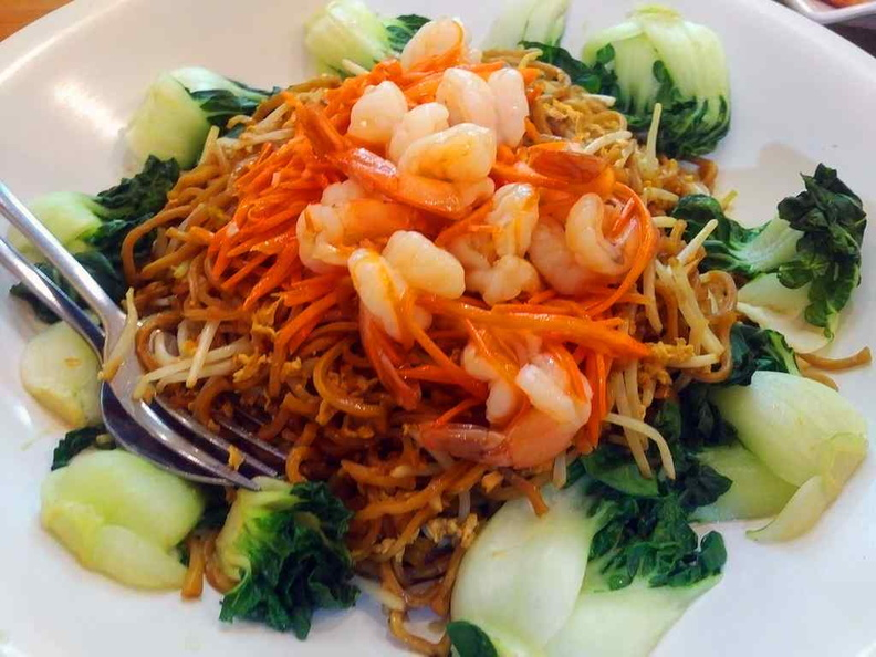 Chinese-style Ee-Noodles served with garnishes of vegetables. Their zi char dishes are actually pretty good