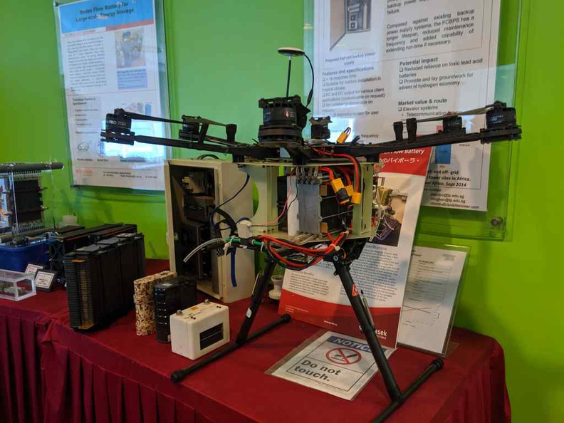 Commercial applications of Fuel cells for emergency power and quadcopter drones
