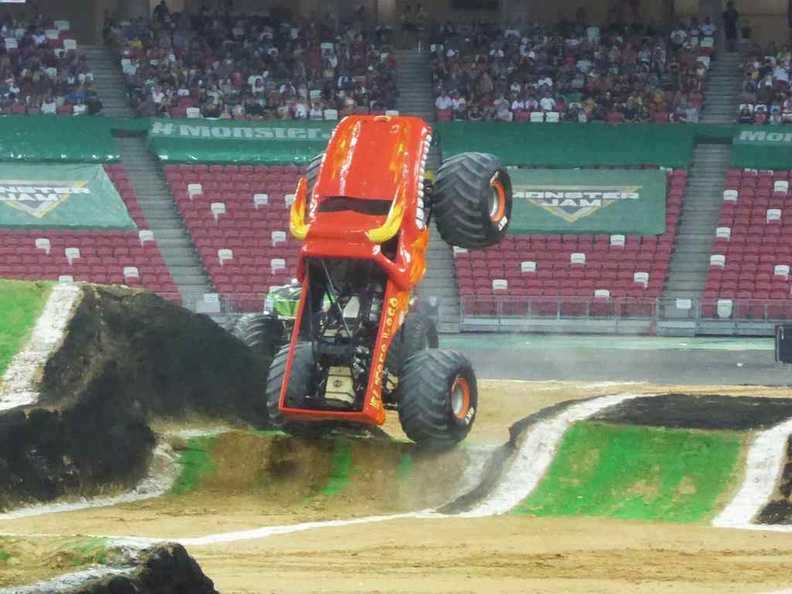 El Toro Loco was a crowd favorite, the bull sure knows how to charm the audience, but let down by some technical failures mid-way into the event