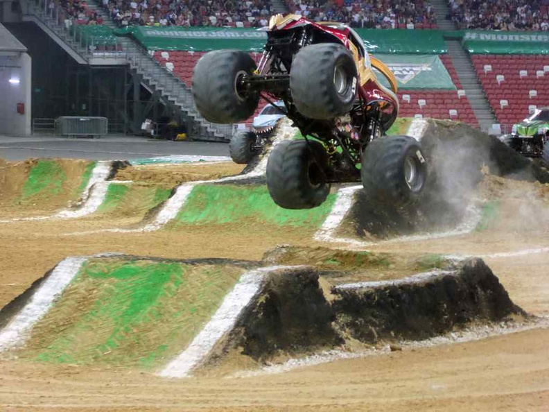 Wonder Woman going airborne in the freestyle jumps
