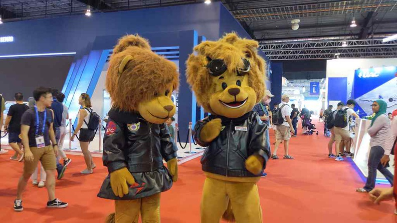 Singapore Airshow Mascots Leo and Leonette making their rounds on the convention floor grounds