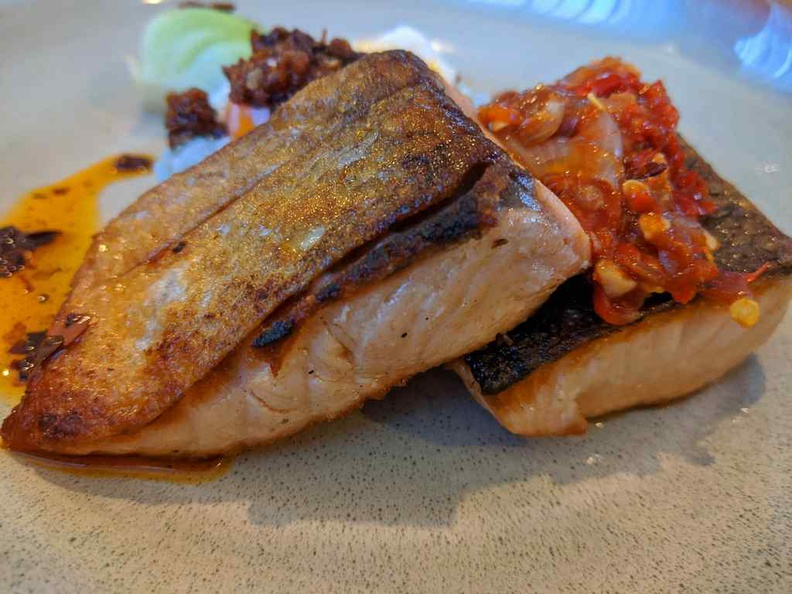 Lorez Restaurant Nanyang Polytechnic salmon is nicely grilled