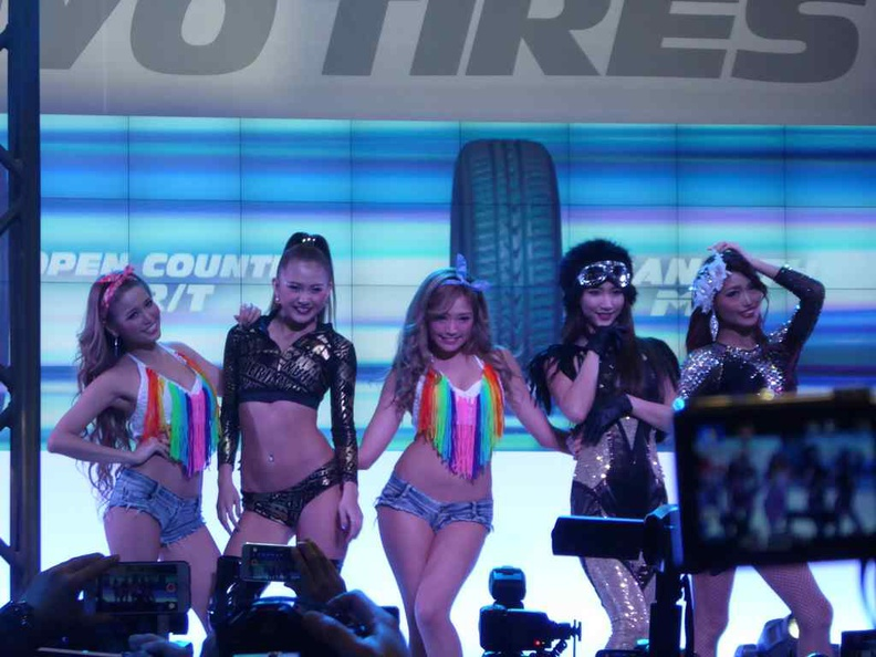 Booth Babes are a staple mainstay in Tokyo Auto Salon 2017