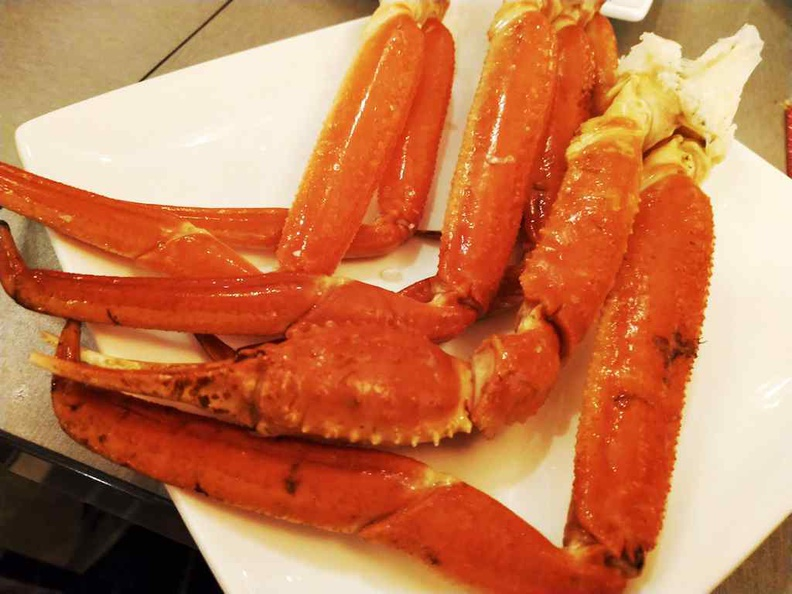 Crab legs here is rare and surprise find, usually found on more premium buffets