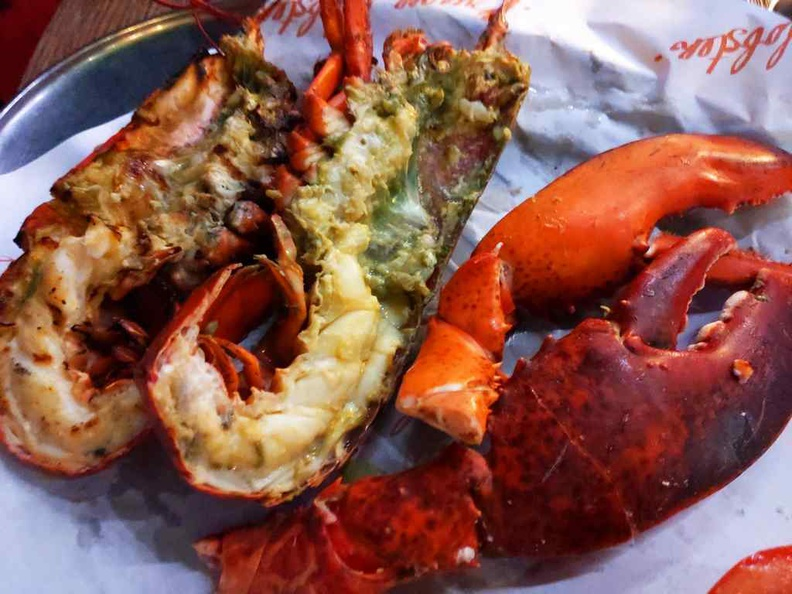 You can have your live Canadian lobster ($65) steamed or grilled with a choice of clarified butter. It is similarly served with fries and a salad like burgers